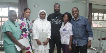 Mya, Calton Lewis and Nsambya Cancer Institute doctors. PHOTOS BY KALEMA EDWARD/Matooke Republic.