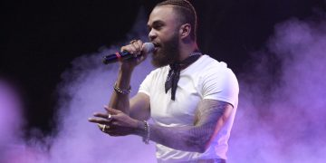 Jidenna put up an exciting performance at Blankets and Wine. PHOTOS BY KALEMA EDWARD/Matooke Republic.