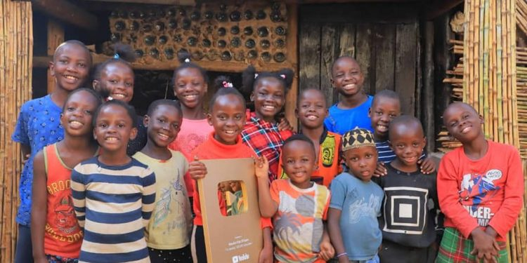 Masaka Kids Africana dance group.